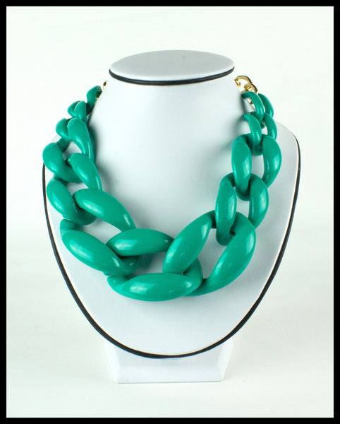 Green Flat Link Necklace