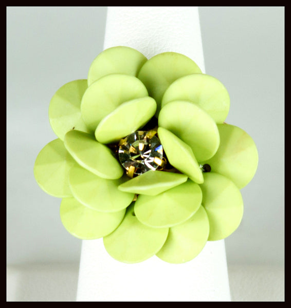Pastel Green Flower Ring
