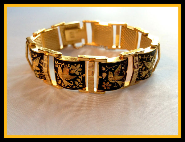 Hand-Carved Gold/Black Bracelet