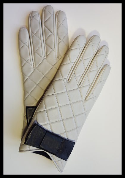 Kate Spade Cream Quilted Black Bow Gloves