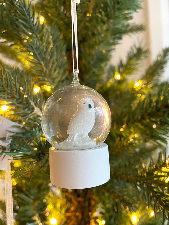 Animal Snow Globe - Snowy Owl (Personalized)