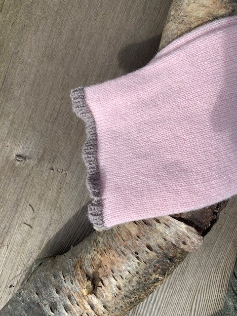 Women's Cashmere Socks –  Blossom with Stag detail