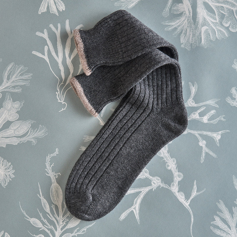 Men's Cashmere Socks – Charcoal with taupe detail