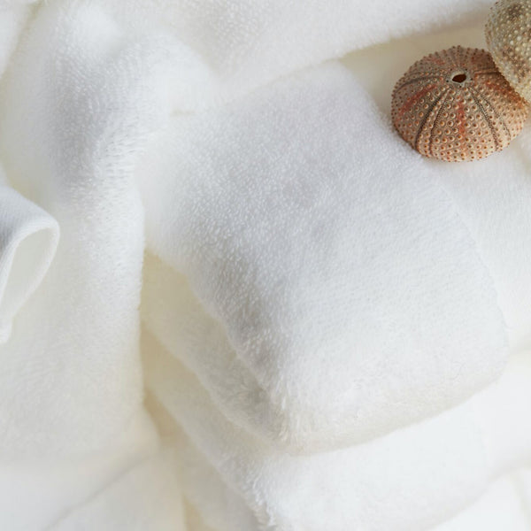 Luxurious & Fluffy Bath Towel