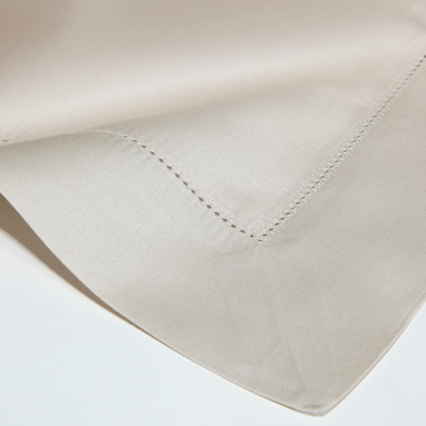 The Hemstitch Oxford Pillowcase – Silver - Josephine Home