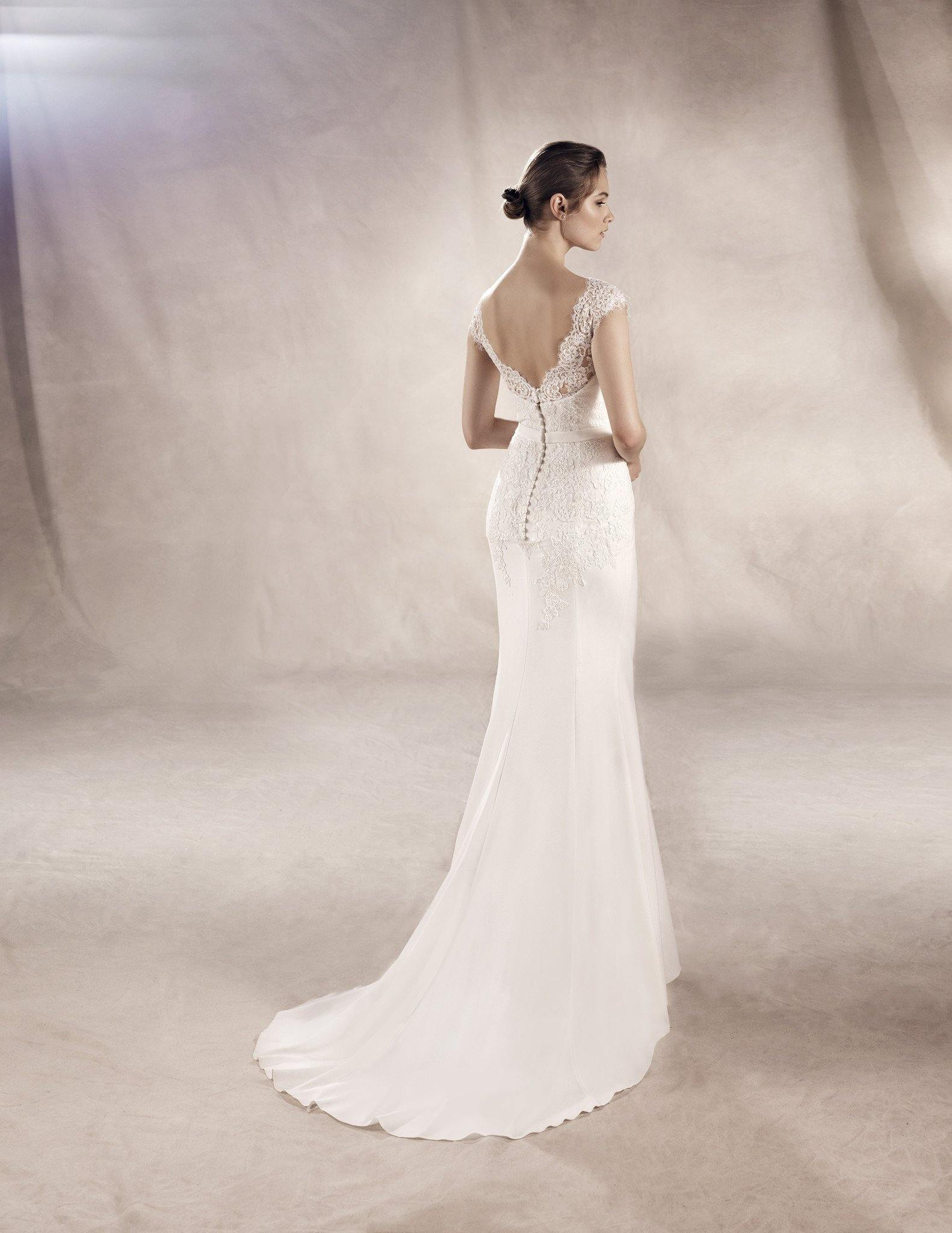 Yuriana Sample Sale Size 12 - Elliott Chambers    - Bridal -  Debs Dresses -  Communion dresses