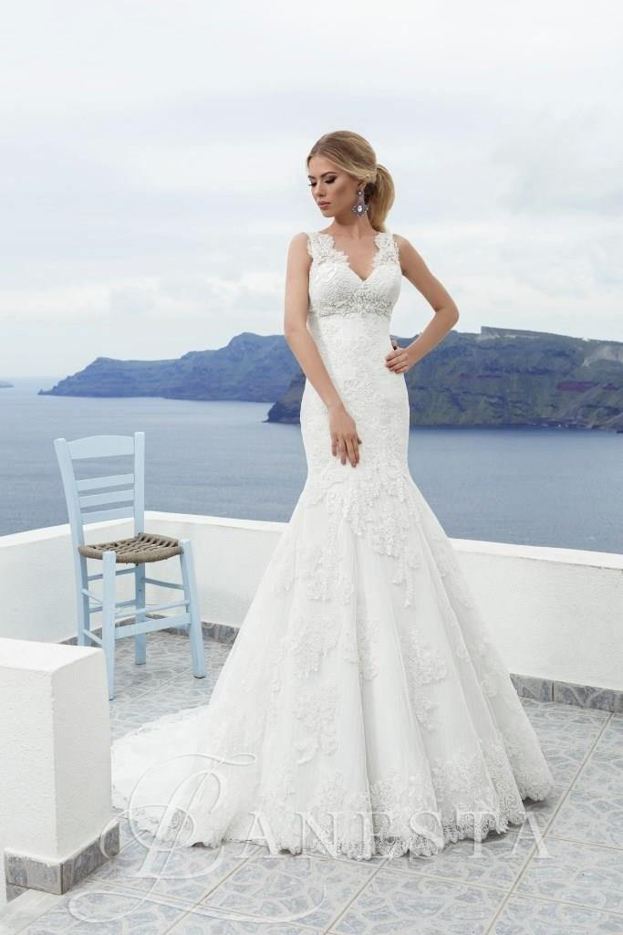 Silvija - Bridal Sample Sale - ELLIOTT CHAMBERS DUNDRUM