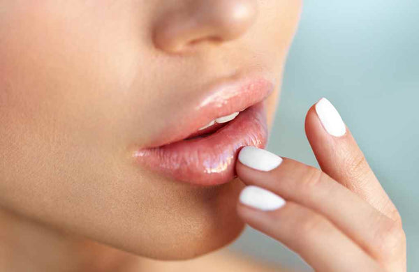 Almond Oil for Lips - Benefits and How to Use