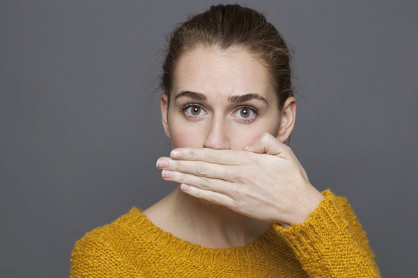 15 Helpful Home Remedies for Bad Breath