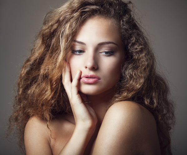 Best Natural Oils for Curly Hair