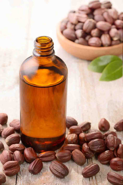 Castor-Oil-and-Jojoba-Oil-to-treat-acne