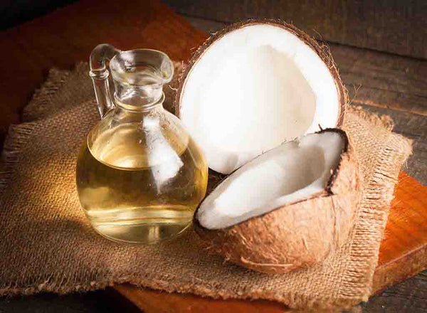 Coconut-Oil-and-castor-oil-to-treat-acne