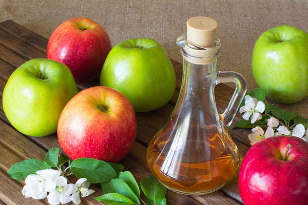 DIY-Apple-Cider-Vinegar-for-long-and-shiny-hair
