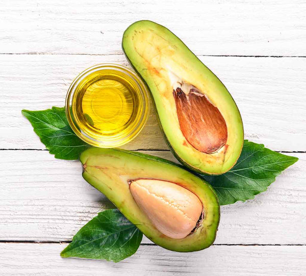 Eucalyptus oil and avocado DIY to treat acne_1012121488