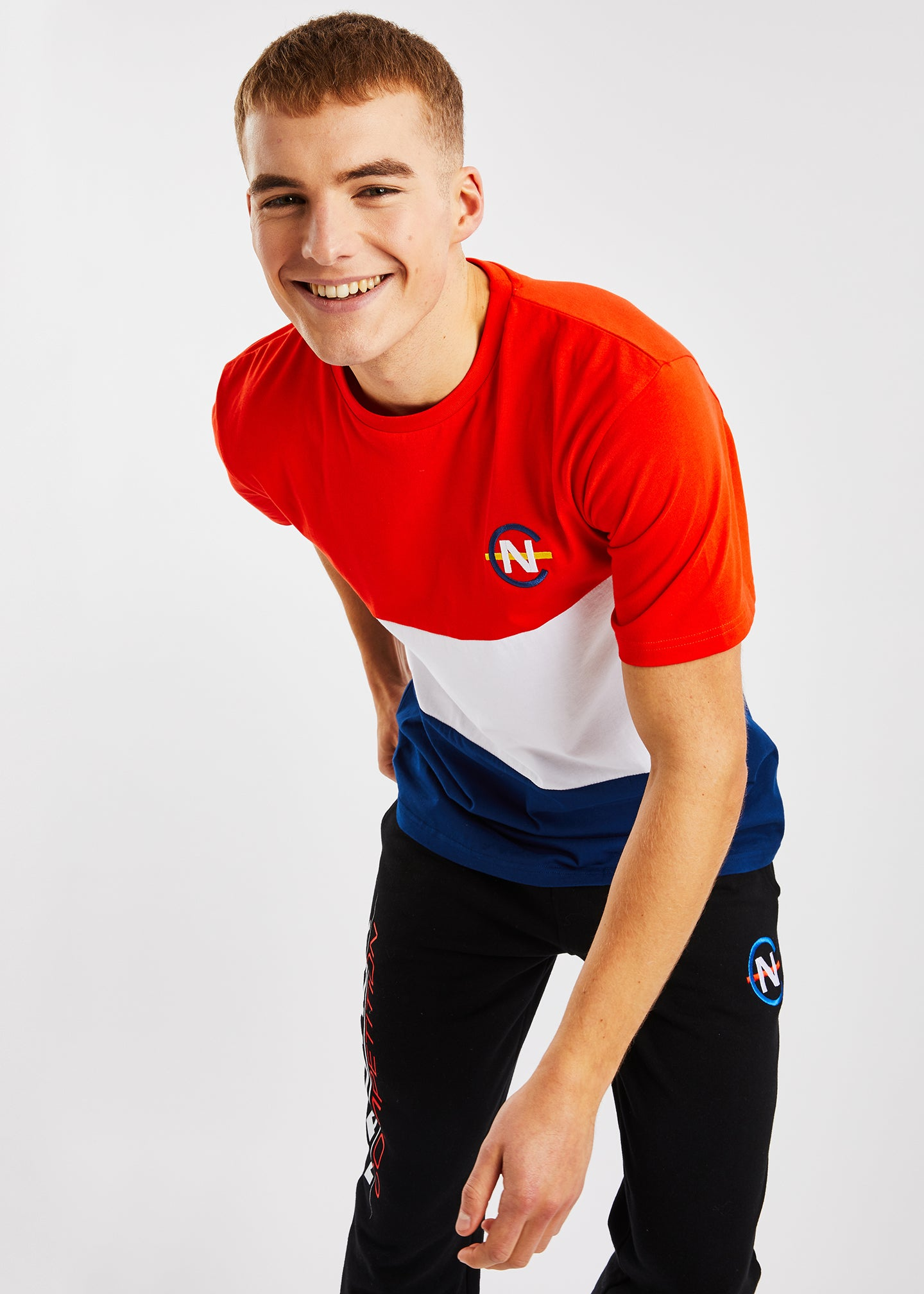 Sayle T-Shirt - Red/Navy