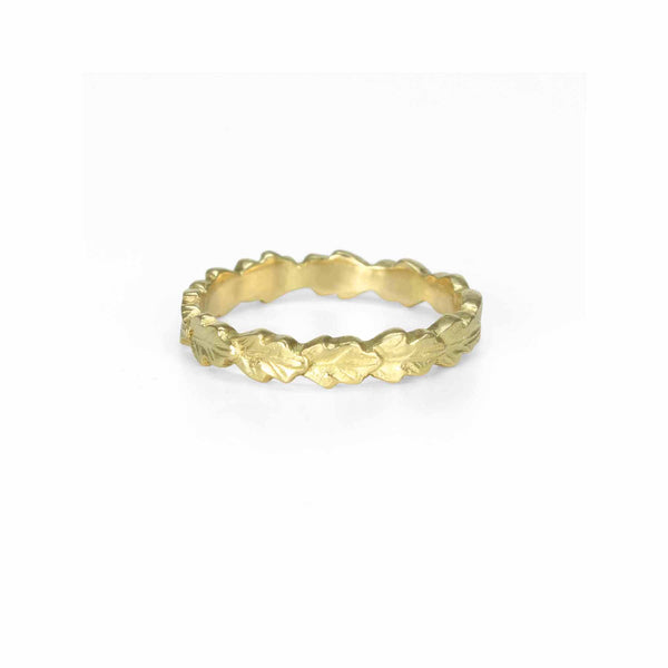 Line of Leaves Band - 3mm in Yellow Gold