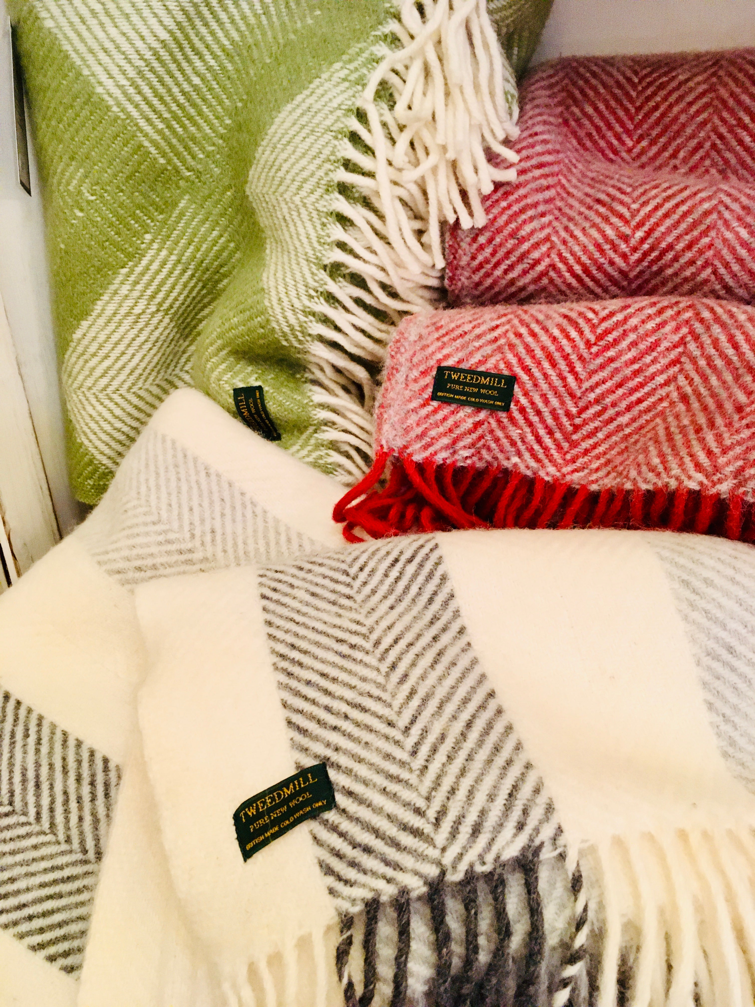 British Pure New Wool Large Throws