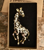 Load image into Gallery viewer, Heritage Brooch - Giraffe