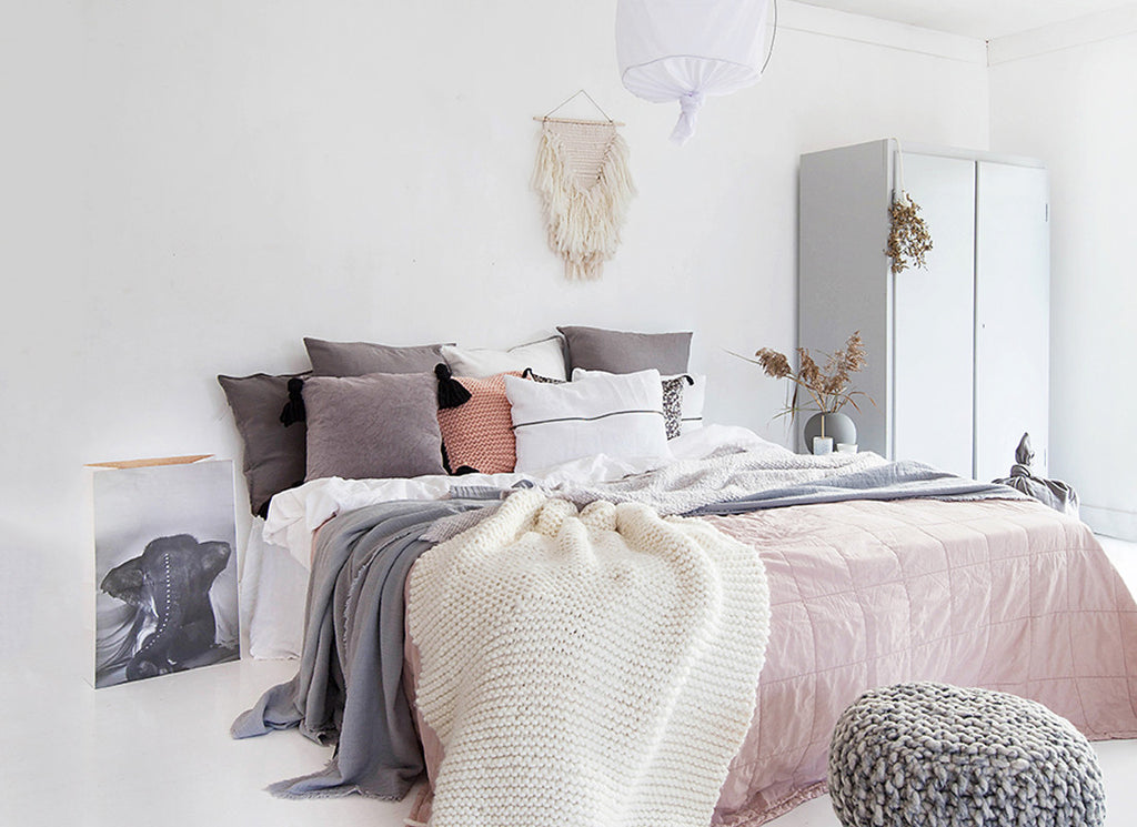 6 Bedrooms Decked with Yarn Accessories We Love
