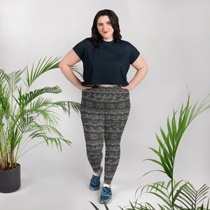 Young woman wearing leggings for women with curves — Vintage Trailer Grid — Two-tone dark grey