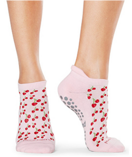Sticky Socks (patterns)