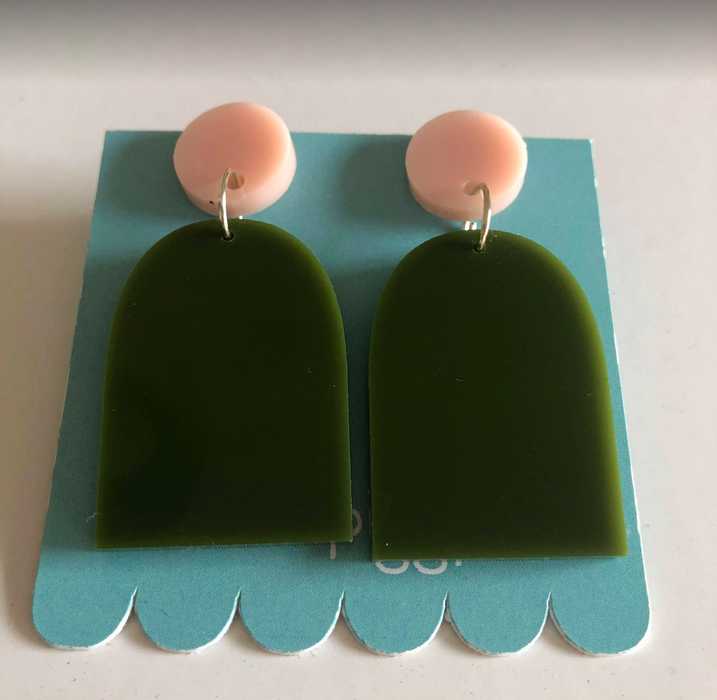 This Wee Piggy Green x Pink Arch Drop Earrings