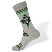 Load image into Gallery viewer, Socks that PLANT TREES