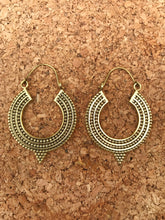 Load image into Gallery viewer, Indian Hoop Brass Earrings