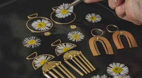 Resin Flower Jewelry How Are They Made