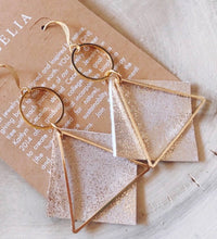 Load image into Gallery viewer, Diamond Triangle Detailed Earring