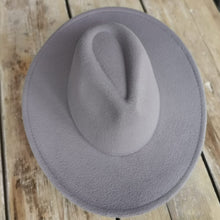 Load image into Gallery viewer, Beauabea Grey Fedora Hat