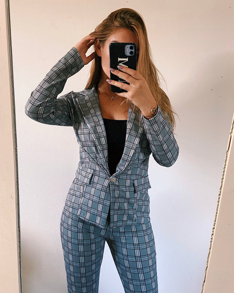 Check two piece suit grey