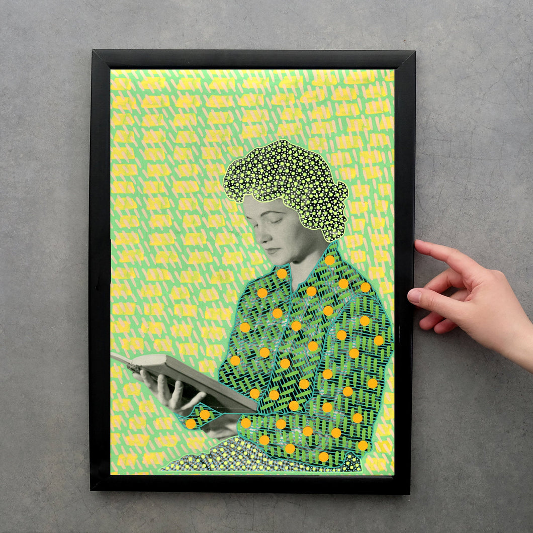 Woman Reading A Book Art Print - Naomi Vona Art