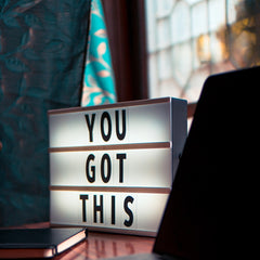 light up sign that says 'you got this'