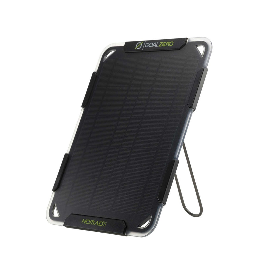 NOMAD 5 SOLAR CHARGER