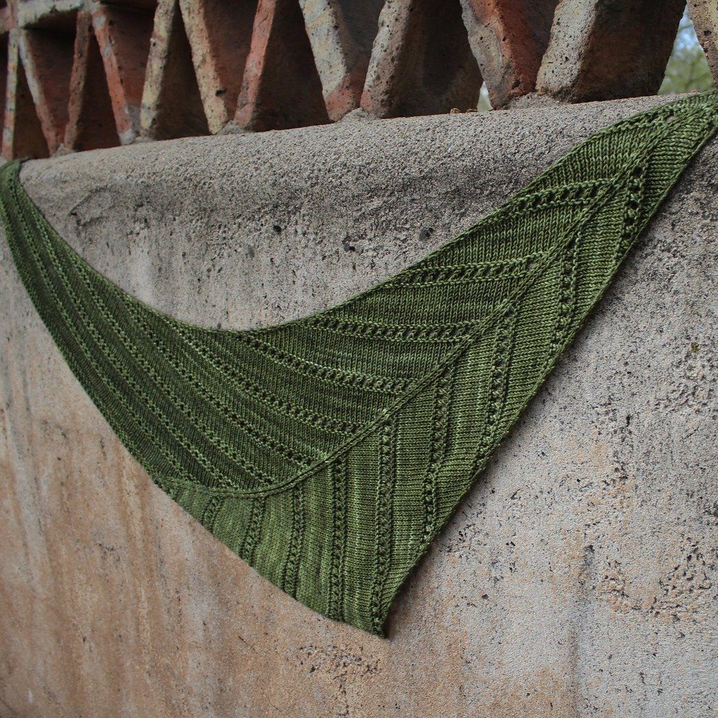 Newish Knitter KAL(virtual) - June 9, 16 and 23 - Olive Night shawl