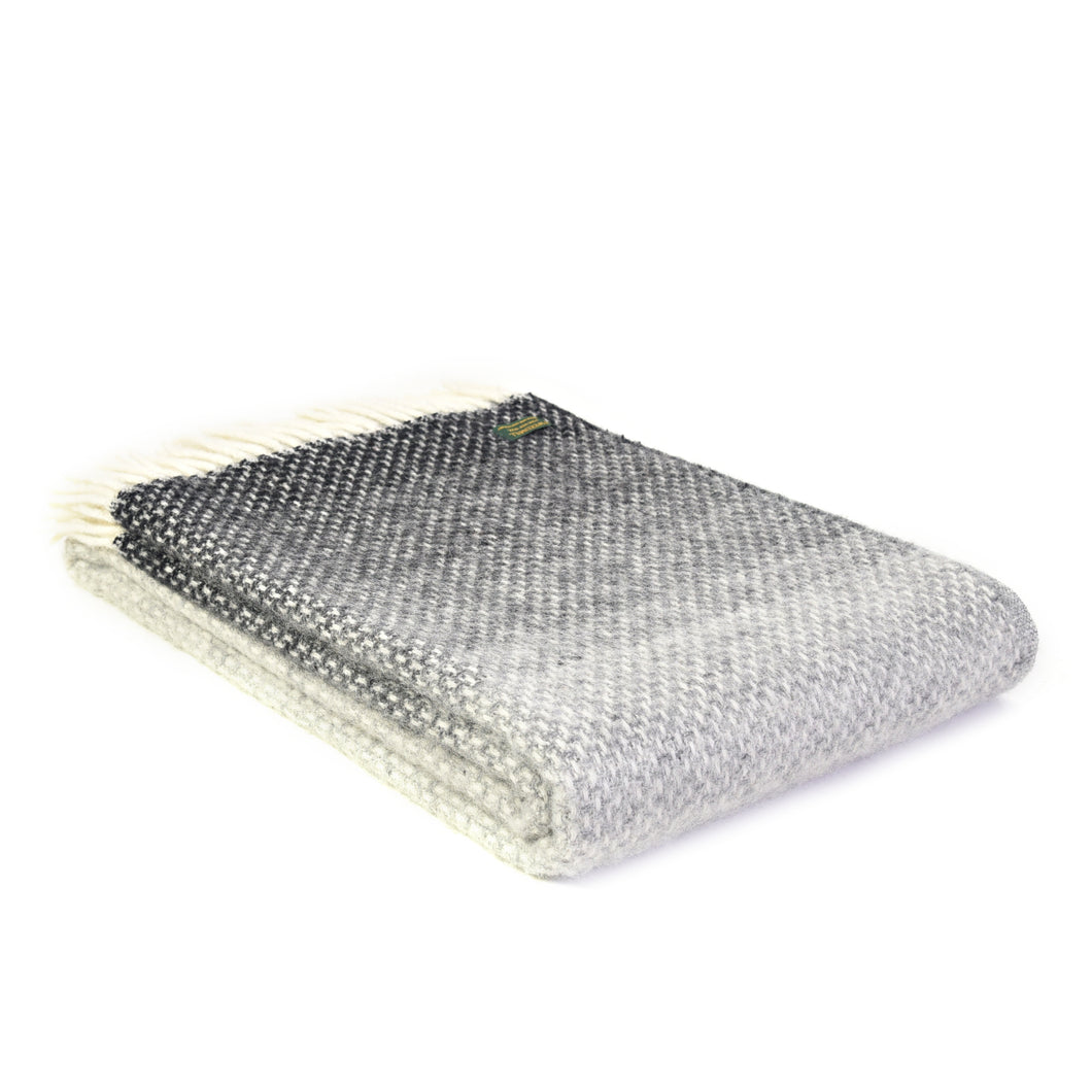 Ombre Pebble New Wool Throw