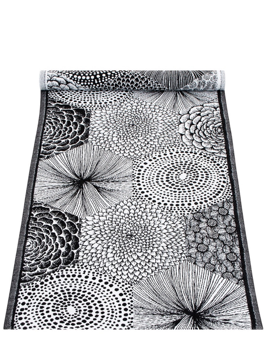 Lapuan Kankurit Ruut Table Runner - Cloudberry Living