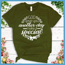 Load image into Gallery viewer, Special Day T-Shirt