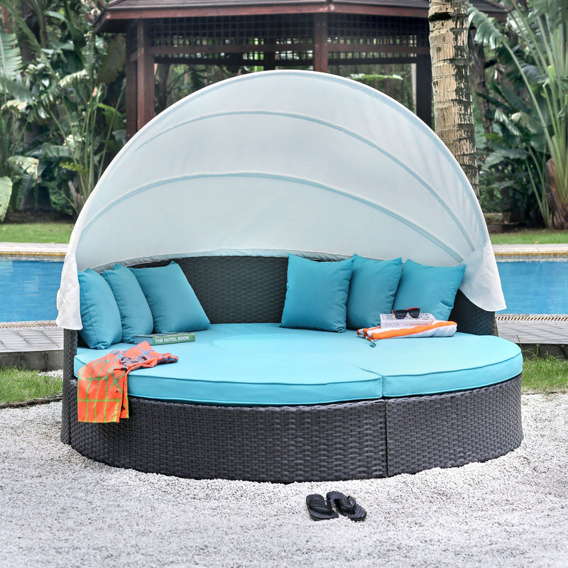 Soquel Contemporary Wicker Patio Canopy Daybed