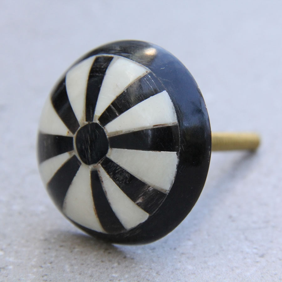 Wood Painted -  Black and White Stripe - Door Knob
