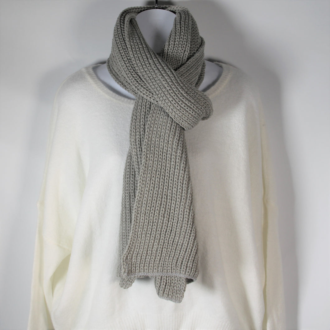 Scarf knitted - Light Grey