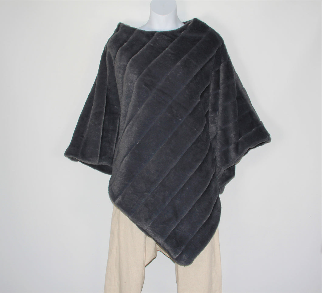 Poncho -  Faux Fur - Charcoal