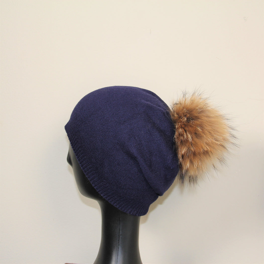 Beanie Slouch With Pom Pom Navy