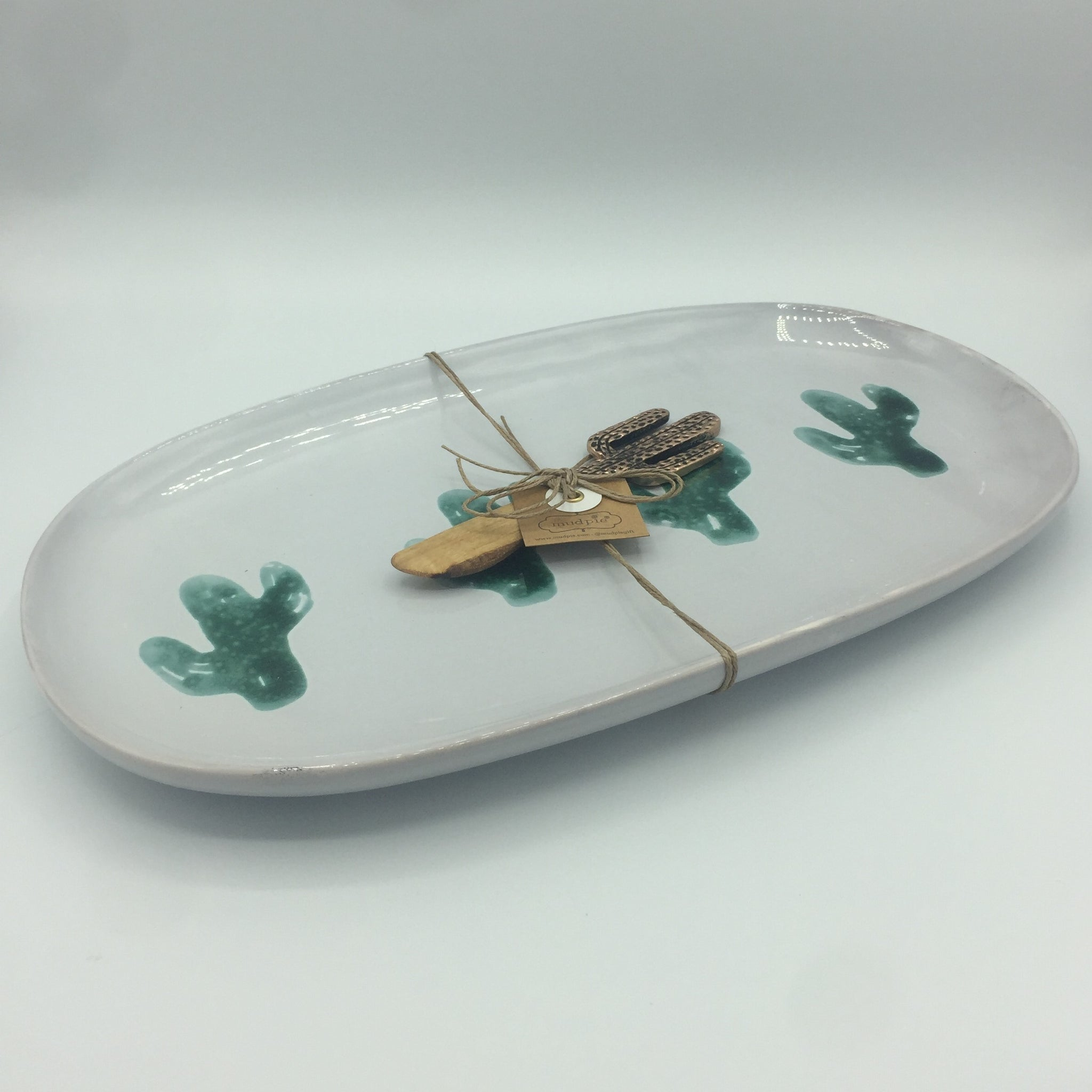 Cheese Ball Platter with Cactus Spreader