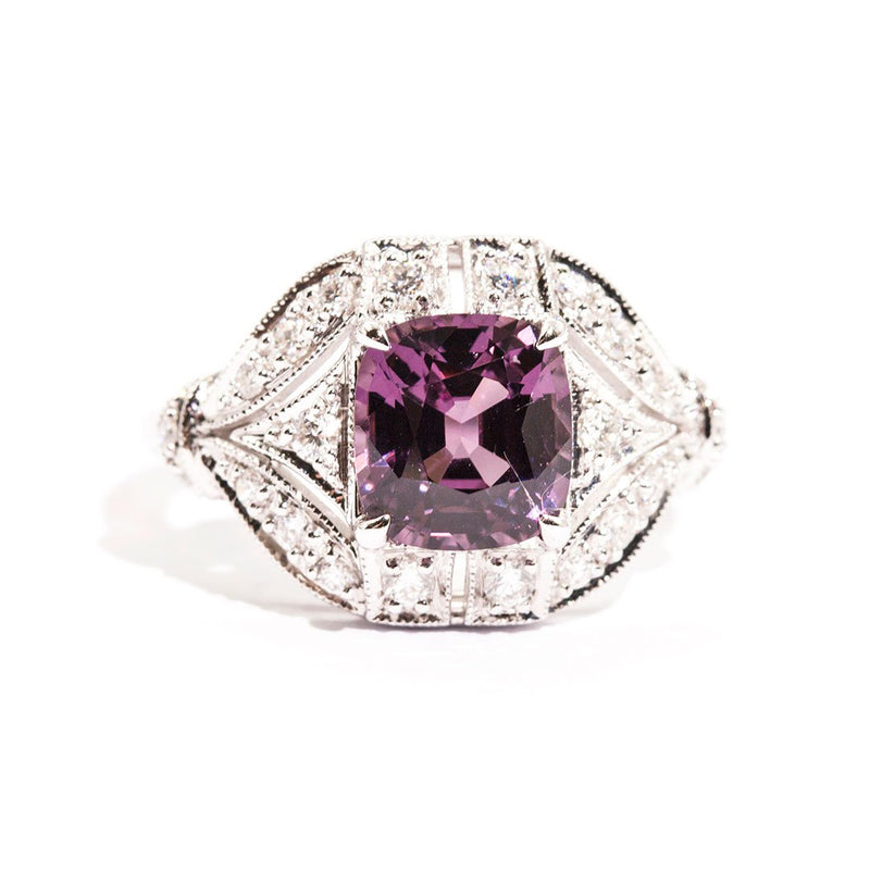 Dolly Spinel & Diamond Ring Ring Imperial Jewellery - Auctions, Antique, Vintage & Estate