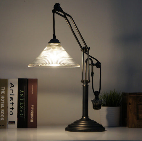 Pulley Table Light With Glass Lamp Shade