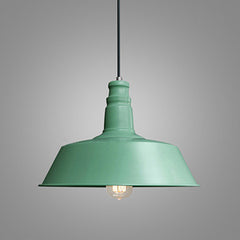 Retro Industrial Pendant Light in green