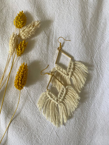 BOUCLES D'OREILLES ( DORÉ / ARGENTÉ ) - Crafty MCrame | Made from Craft