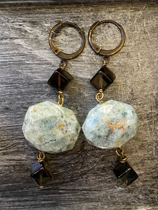 Earth earrings